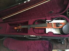 Yamaha 'silent' electric violin, case and bow