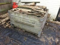 Garden container - wooden crate feature