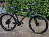 Giant xtc carbon fibre mountain bike