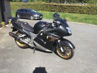 Honda, super blackbird CBR, 2004, 1137 (cc)