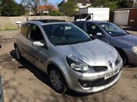 2006 Renault Clio 1.4 Ideal First Car CHEAP INSURANCE Long M.O.T (£1750)