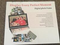 Digital photo frame 10.1 inch