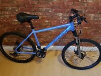 "Carrera Vulcan. 17"" Frame. Excellent Condition. Disc Brakes. Aluminium Frame. Hybrid Bike"