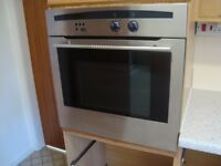NEFF SINGLE BUILT IN OVEN 600 WIDE AND 600 TALL GOOD USED CONDITION NO MODEL VISIBLE