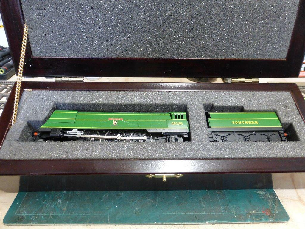 Hornby R320 Sr 4 6 2 West Country Class Exeter Limited