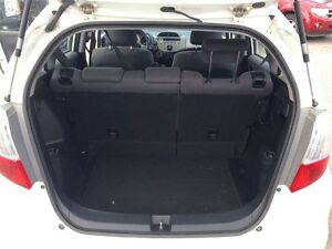 2010 Honda Fit * BEST BUY * EXCELLENT CONDITION London Ontario image 15