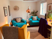 High quality therapy / counselling consulting room suitable for 1:1 or couples