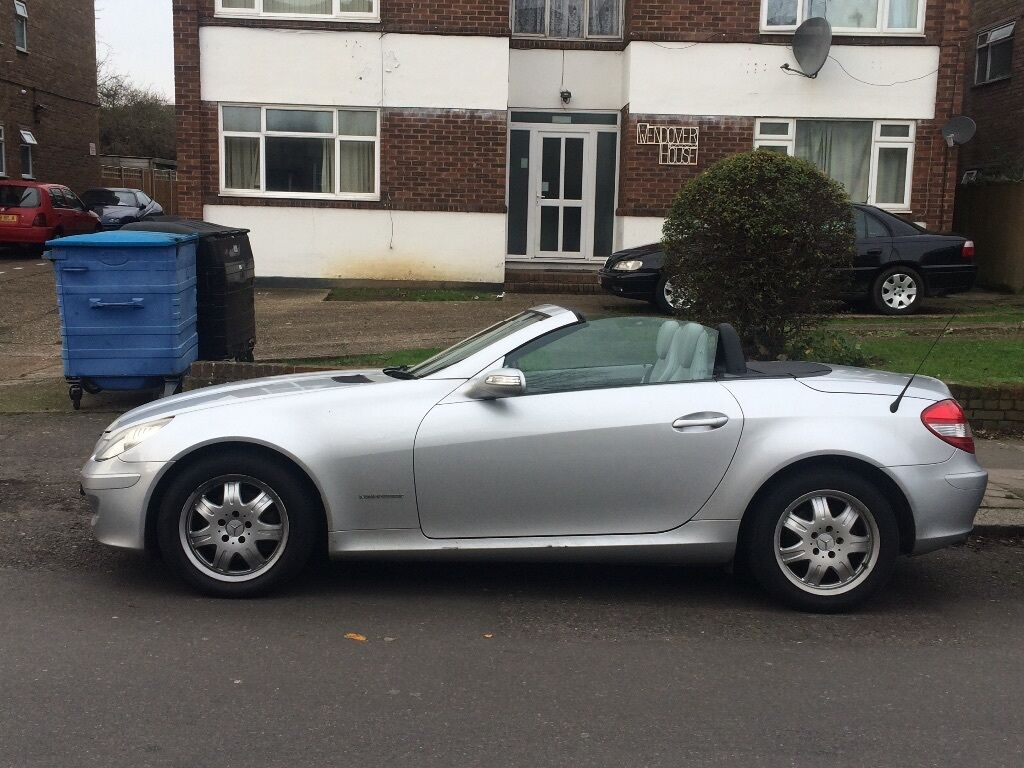5900 mercedes slk 200 2005 in palmers green london. Black Bedroom Furniture Sets. Home Design Ideas