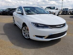 2016 Chrysler 200 Limited| Cloth| Heated Seats| Uconnect Touchsc