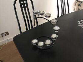 Modern tealight holder