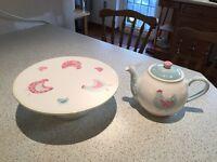 Cake Stand & Teapot