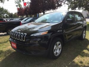2017 Jeep Cherokee SPORT | USED DEMO | SPECIAL CLEARANCE |
