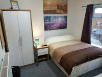 Superb furnished double room with TV & Wifi in Friendly refurbished Flatshare (inc. bills & cleaner)