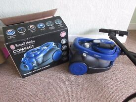 Russell Hobbs compact cyclonic bagless vacum cleaner