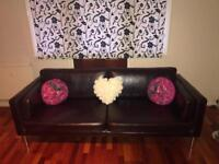 Stunning Leather sofa's for sale for only £40!