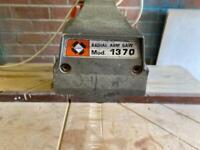 Dewalt radial arm saw mo 1370