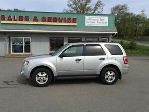 2012 Ford Escape XLT Leather AWD pwr roof