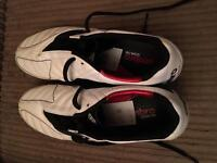 BRAND NEW Umbro Football boots with shin pads