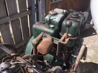 VINTAGE LISTER DIESEL ENGINEMACHINERY WITH TOW BAR