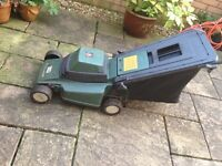 Black & Decker GR360 electric lawn mower well used but usable for small lawn