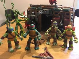Teenage mutant ninja turtles set with shell raiser van and snake weed