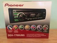 Pioneer DEH-1700UBG Car Stereo