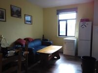 Large 6 bebrooms flat to let for students or working class , 2 kitchens and 2 bathrooms to share.