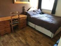 Room to let in Winton
