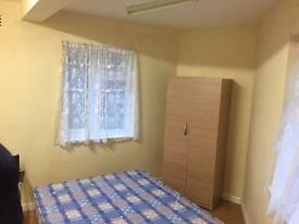 AMAZING DOUBLE ROOM TO LET