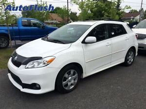 2011 Toyota Matrix 'S' Sport * Toit-Ouvrant/Sunroof * Clean! *