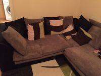 Quick sale!!!!!!New corner sofa for sale