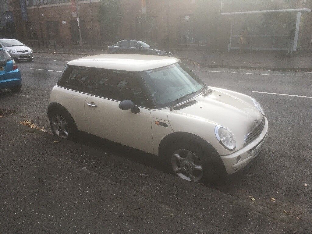 2003 mini one long mot sound wee first time car. Phone Barry for more details