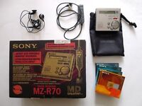 SONY Mini Disc Recorder Walkman MZ-R70 Silver with accessories and spare discs £50 ONO