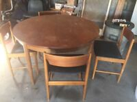 Solid wood extendable dining table & 4 chairs