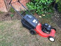 SOVERIEGN Self Propelled Petrol Lawn Mower with Grass Box, BRIGGS & STRATTON ENGINE
