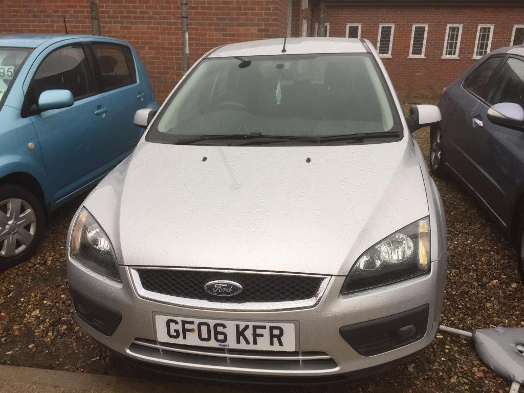 FORD FOCUS 1.6 Zetec [115] [Climate Pack] (silver)