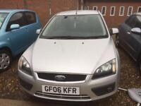 FORD FOCUS 1.6 Zetec [115] [Climate Pack] (silver) 2006