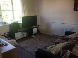 Spacious 2 bed mews fully furnished