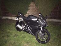Yamaha yzfr 125cc,, 2014