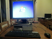 Computer desktop PC with monitor keyboard mouse compaq 80gb