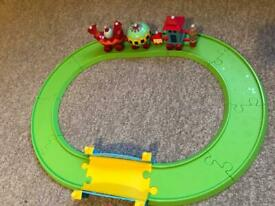 In the Night Garden musical Ninky-Nonk train and track