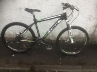 Trek 4500 4 series. Men's MTB. Fully serviced, fully safe and ready to go.