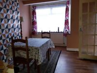 2 flat to rent in EASTHAM - PART DSS welcome