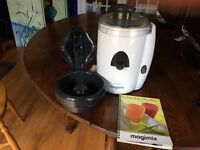 Juicer: Magimix Le Duo Juicer.
