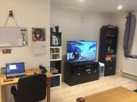 One bedroom flat for short rent in orpington London zone 6 with sky tv