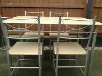 Brandnew kitchen table and 4 chairs