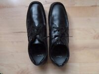 Clarks Fasetto Star Men's/ Boy's Black Shoes Size 11 Slim Fit. Brand New and Unworn.