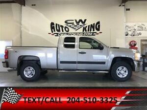 2009 Chevrolet SILVERADO 2500HD LT / 4x4 / Financing Available