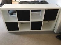 Free standing storage unit