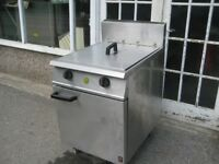 Catering Falcon Dominator G2865 twin tank gas fryer LPG with gas safe certificate.